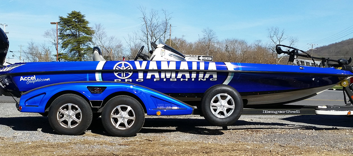 Boat wrap for a Yamaha Pro Fishing sponsored fisherman.